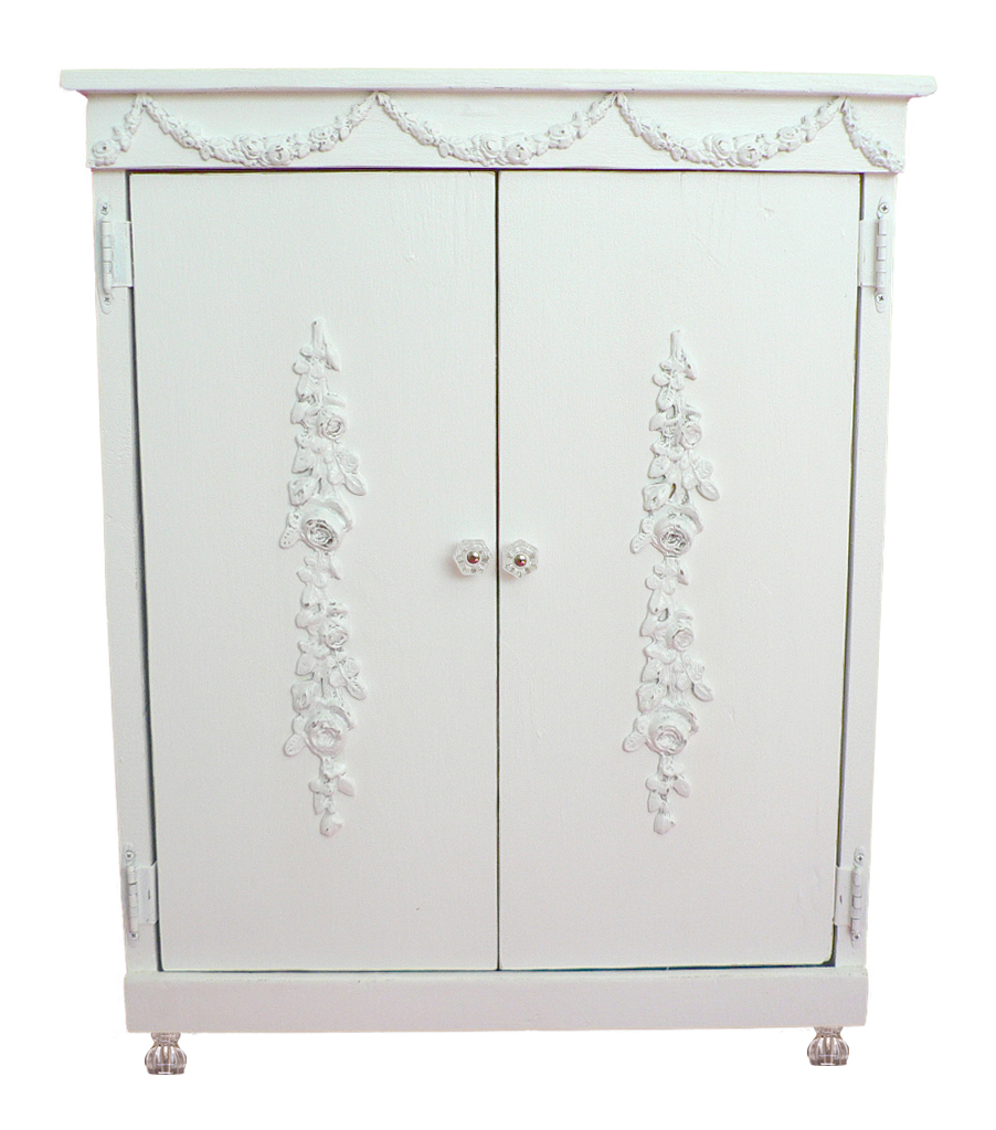 Haleigh Pet Armoire